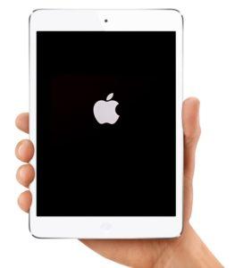Если горит логотип яблока на дисплее и не включается iPad